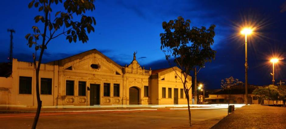 Edifício Histórico Sertaneja, de 1919, no centro histórico